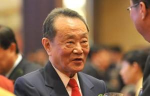 """""""亚洲糖王""""郭鹤年访谈录:1973年为国操盘的传奇战役"""