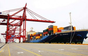 海关总署:我国一季度进出口同比增长29.2% 出口增长38.7%